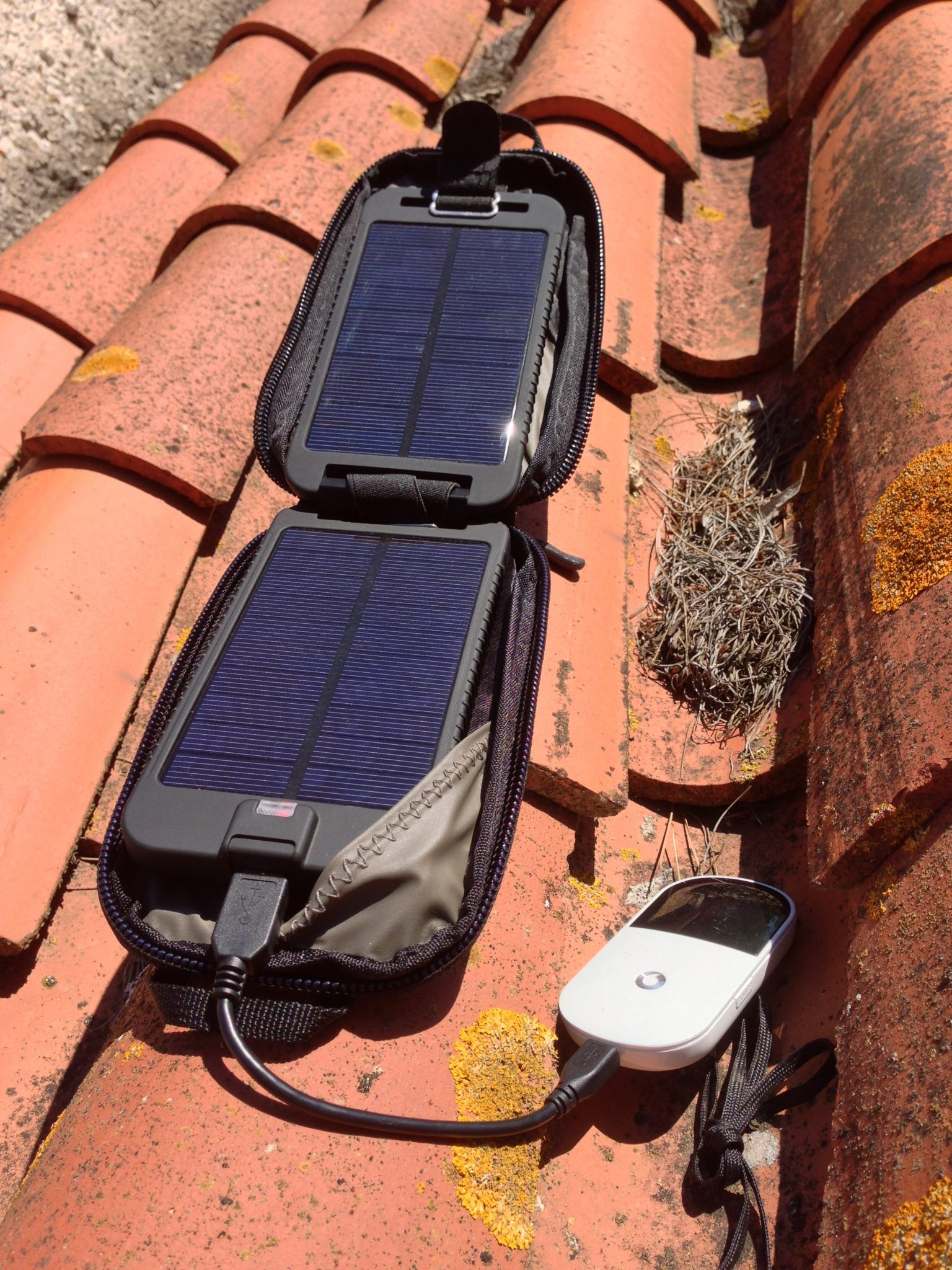solar powered wifi solution using the solarmonkey adventurer solarmonkey adventurer on roof