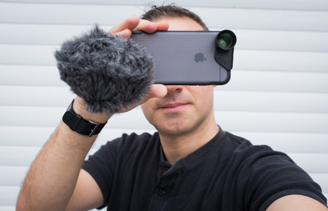Rode VideoMic Me on an iPhone rig